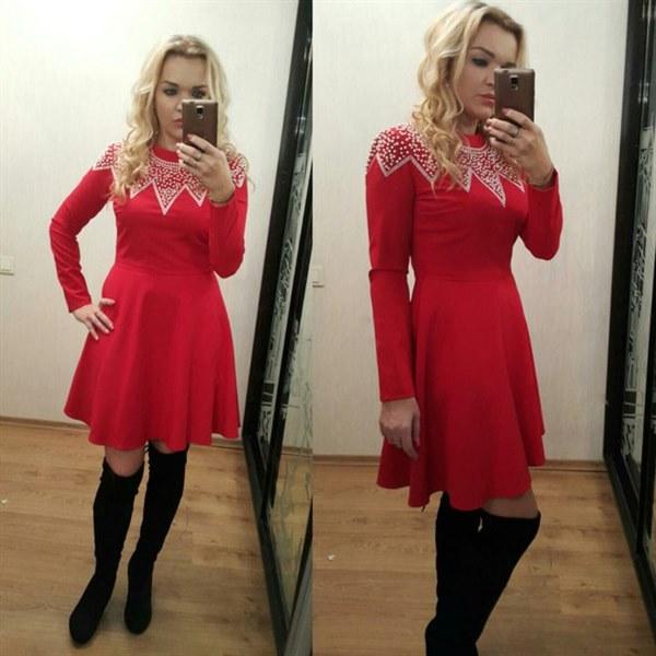 фото Красное платье с жемчужинами отзывы