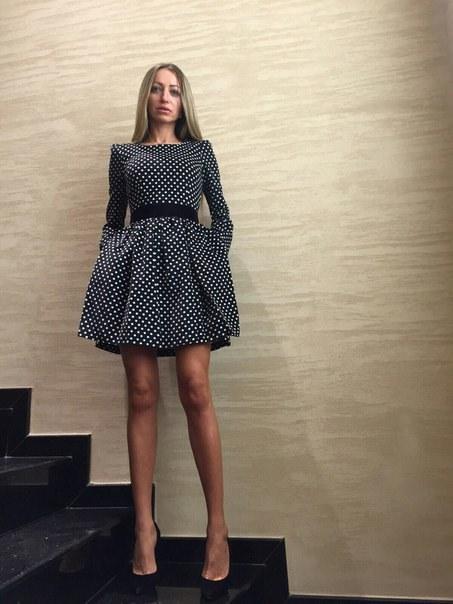Купить Платье в горох с пышной юбкой цена