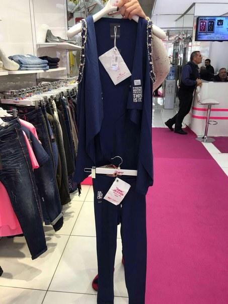 Цена Оригинальный костюм темно-синего цвета