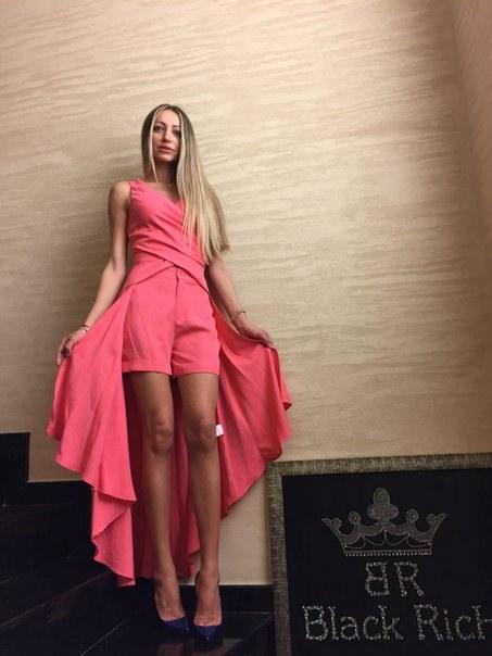 фото Легкий женский костюм розового цвета BLACK RICH с шортами видео отзывы