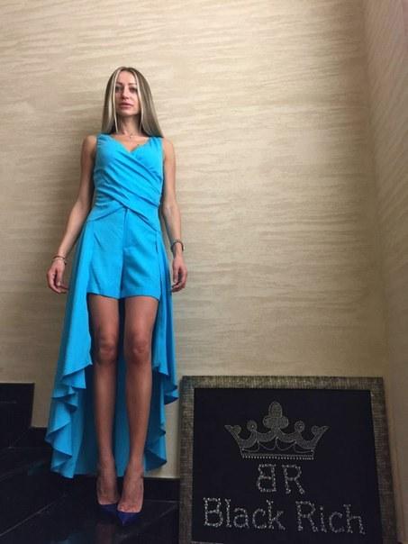 фото Голубой женский костюм с шортами видео отзывы