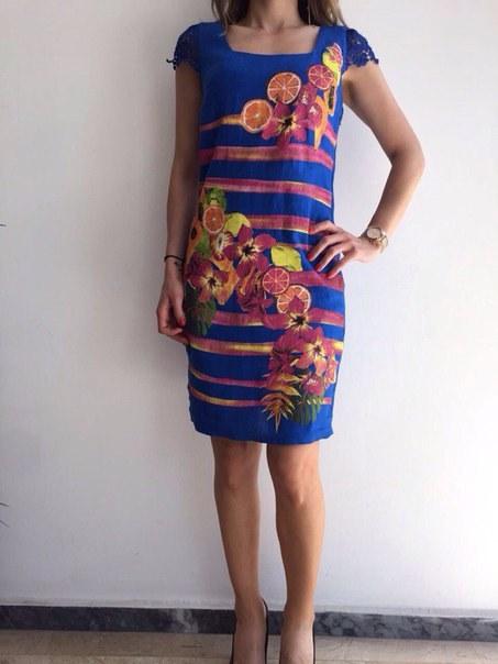 фото Летнее платье синего цвета с ажурным рукавчиком видео отзывы