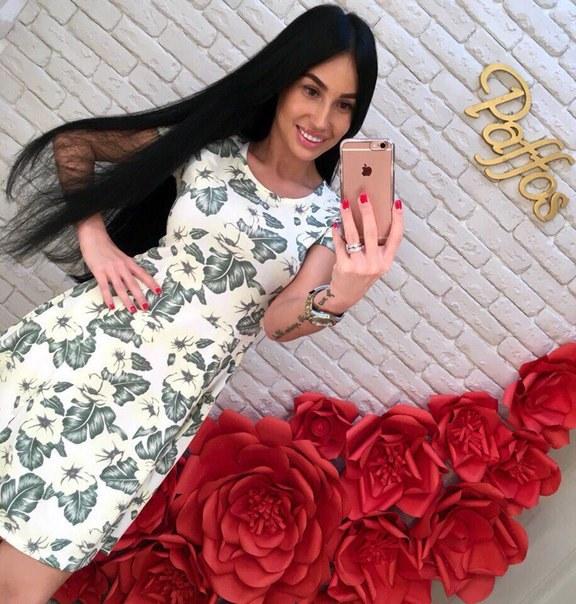 фото Белое летнее платье в цветочный принт видео отзывы