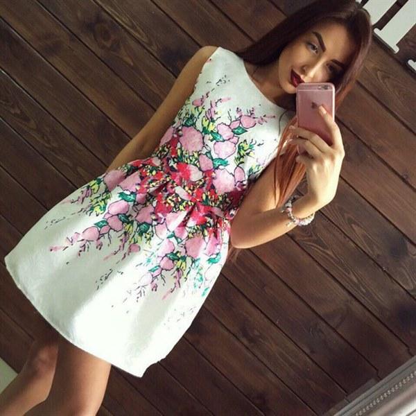 Купить Легкое нарядное платье с жаккардовой ткани цена