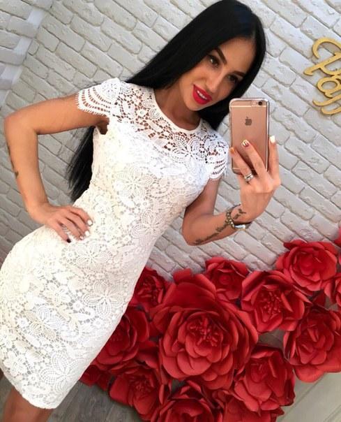 Цена Крутое платье из кружева