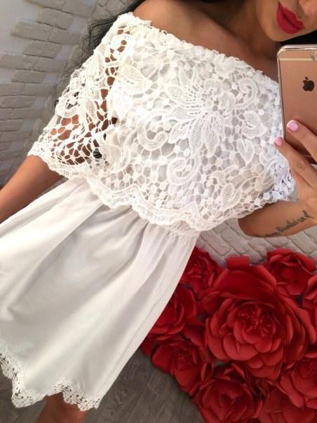 Купить Белый нарядный сарафан с воланом из кружева цена