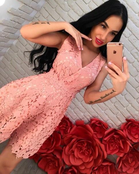 Купить Платье из нежного кружева цена