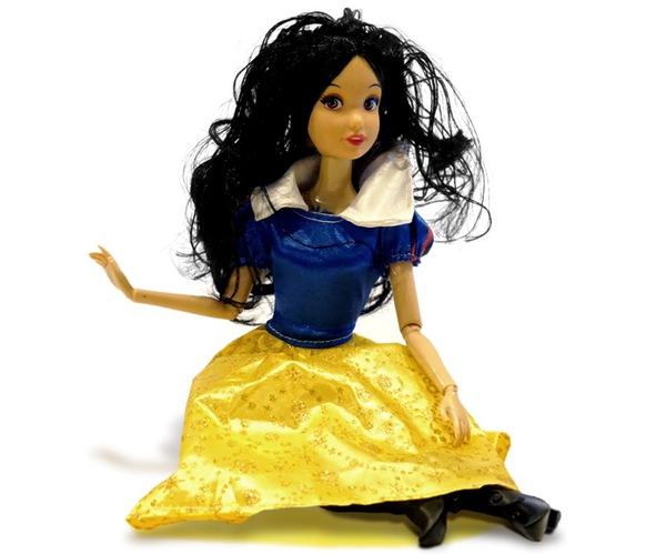 Цена Кукла Beatrice Белоснежка 30 см